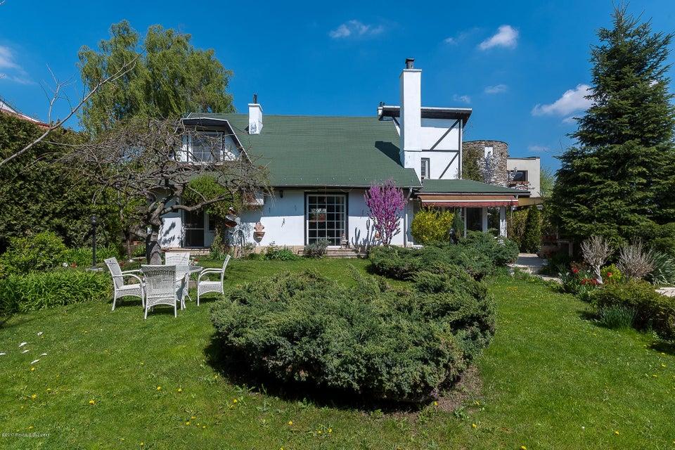 Vanzare Casa 200 m²
