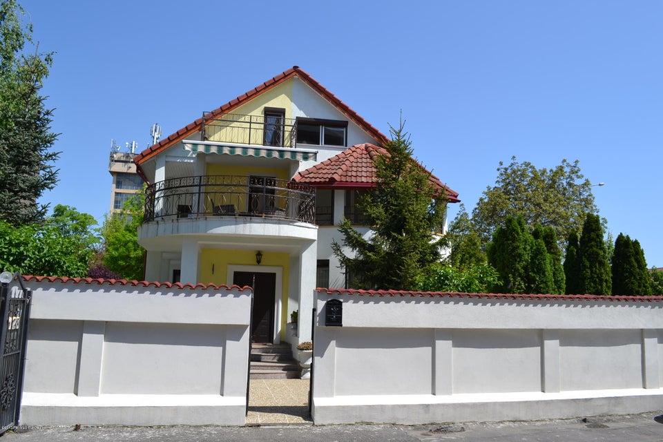 Vanzare Casa 206 m²