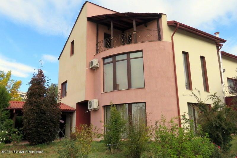 Vanzare Casa 331 m²