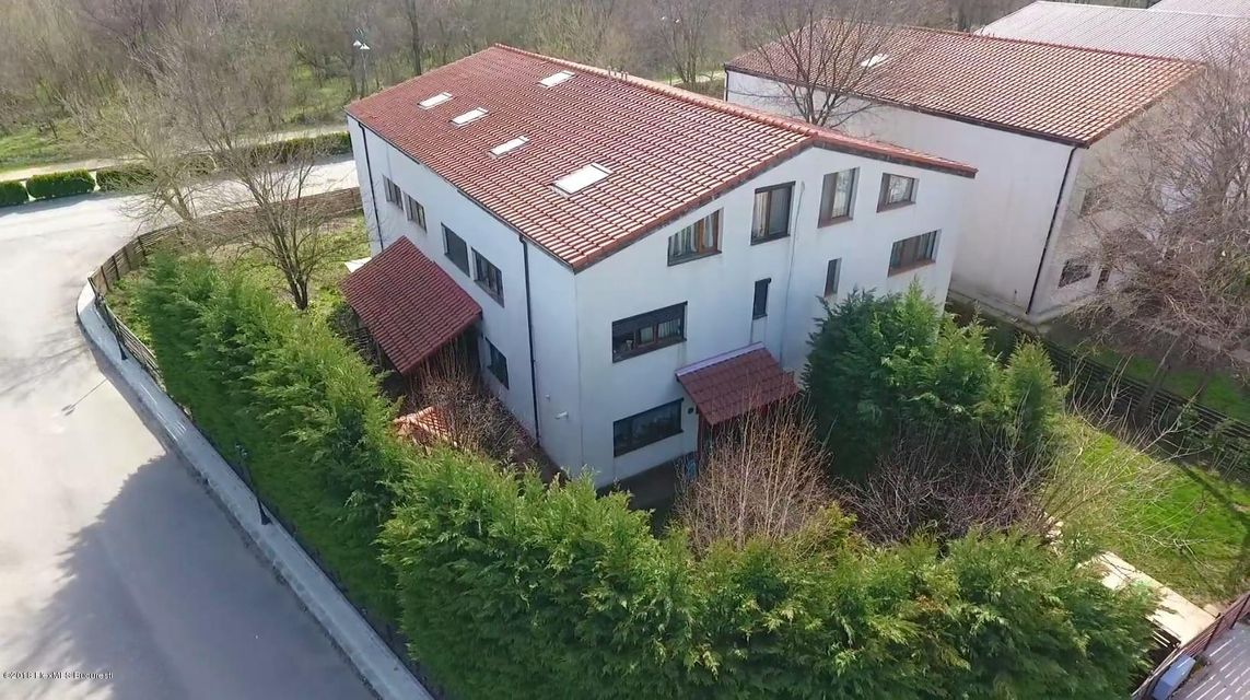Vanzare Casa 195 m²