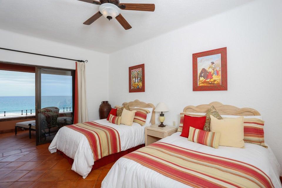 La Playa 201, Casa del Mar I-11