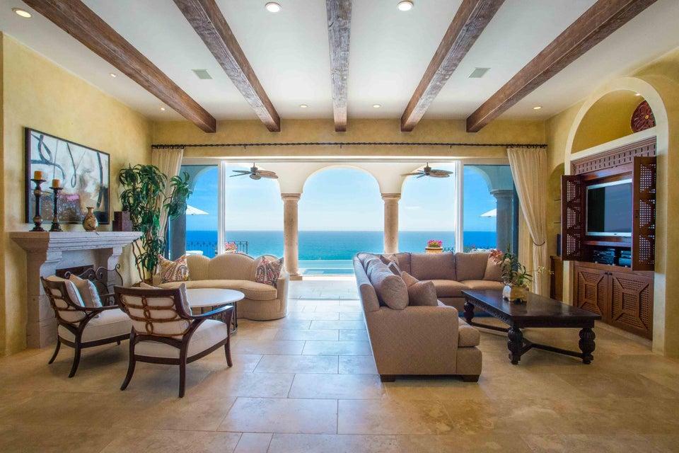 Estate Villa 497-8