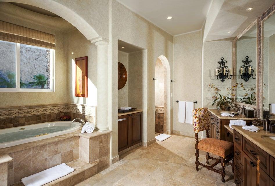 Estate Villa 497-15