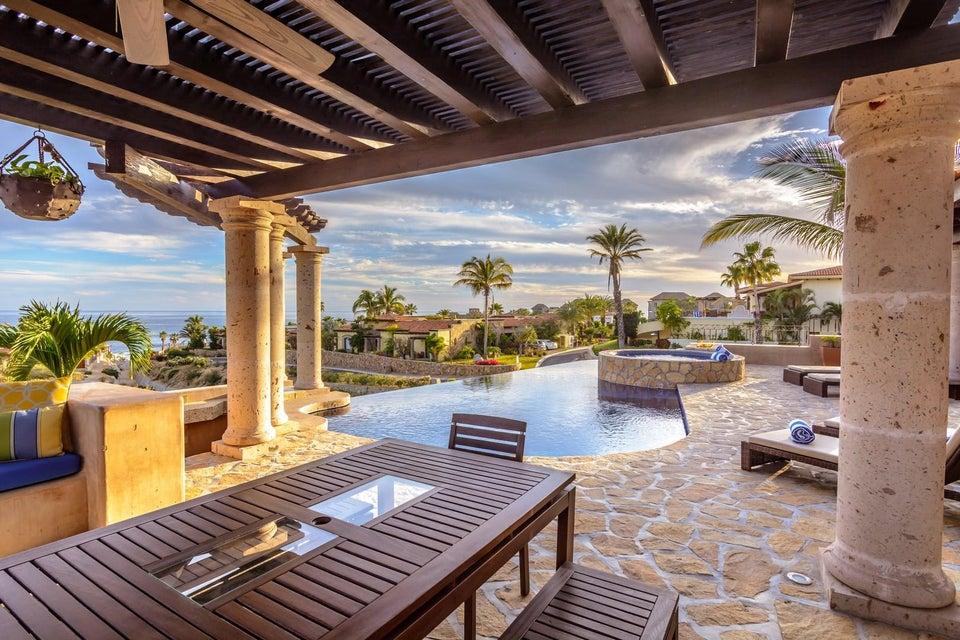 Villa Tequila Gold-11