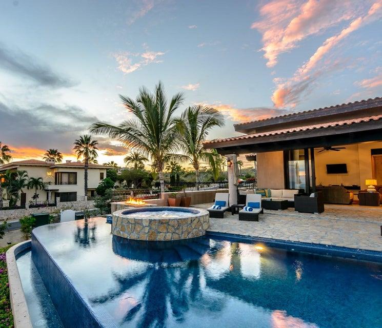 Villa Tequila Gold-66