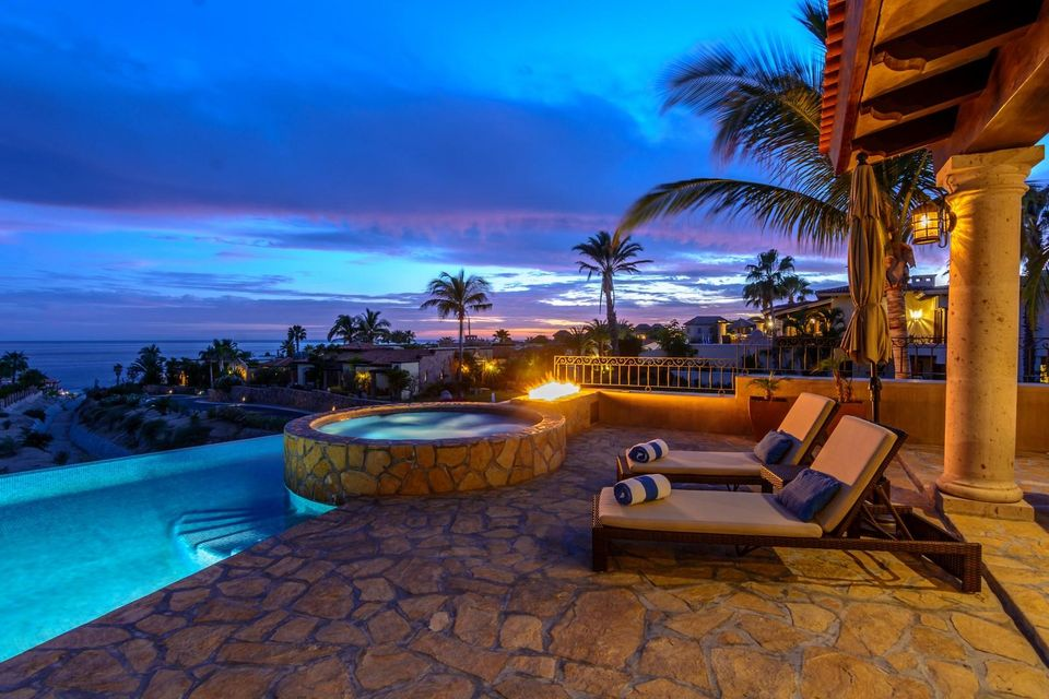 Villa Tequila Gold-24