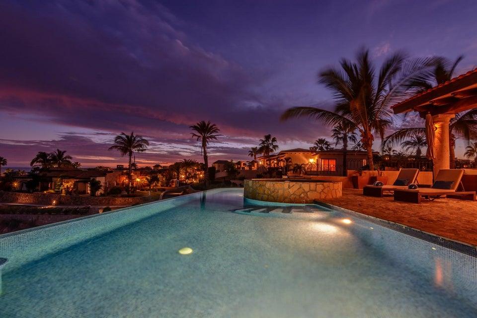 Villa Tequila Gold-25