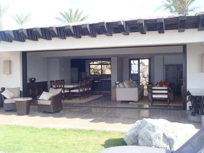 Villa Nice B 10 Hermitage Cabo-28