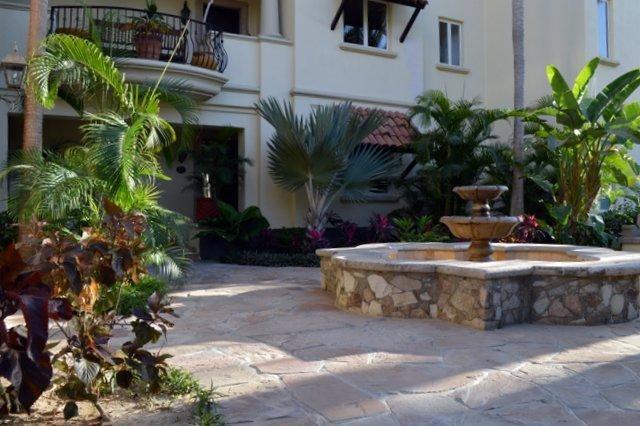 Esperanza Private Residences-1