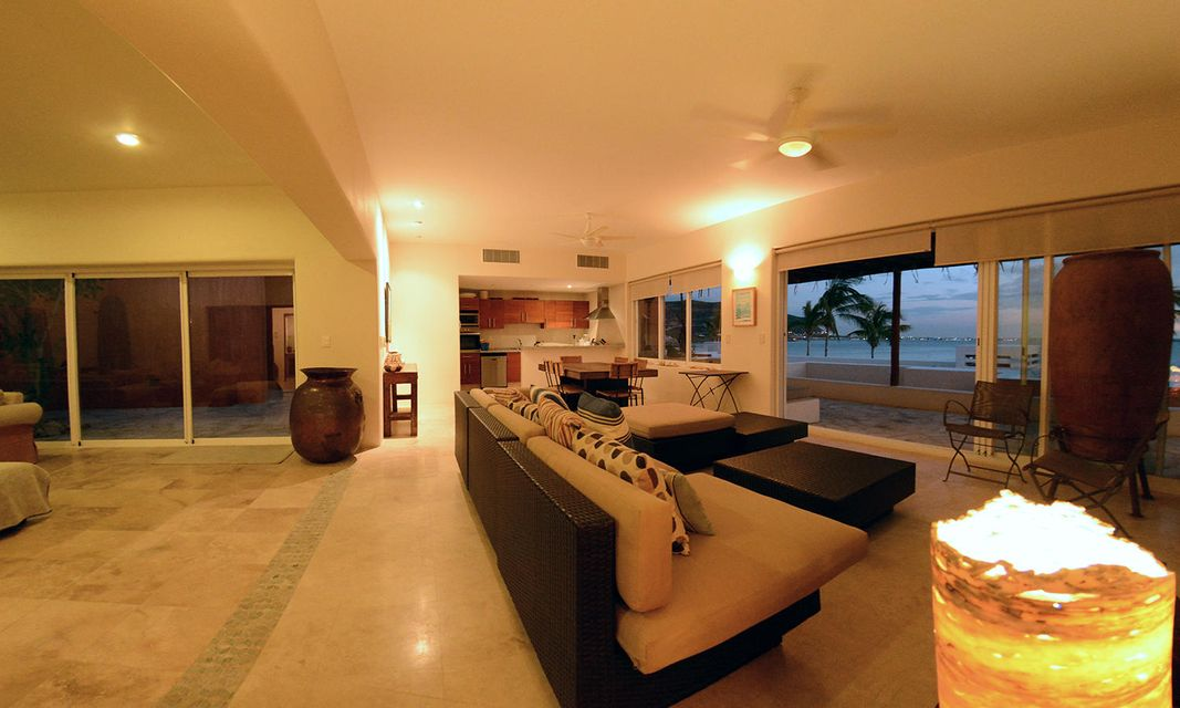 Costa Baja Villa 8-29