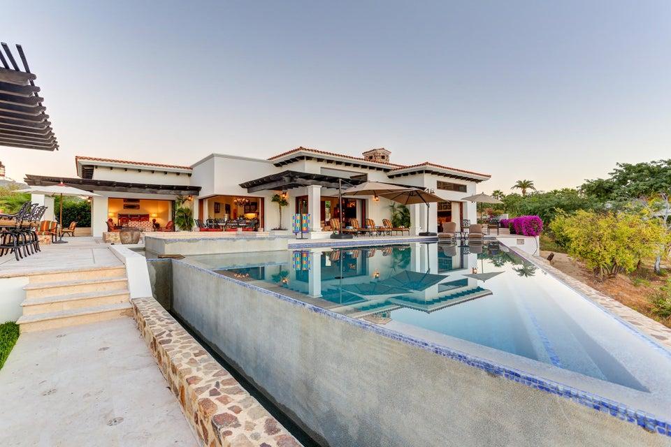 Casa de La Playa-1