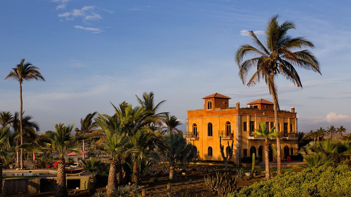 La Pastora Oceanfront Estate-1
