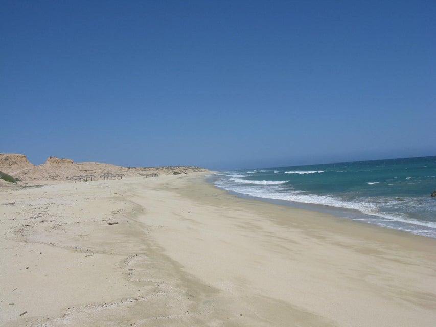 What an Ocean Front Lot !-4