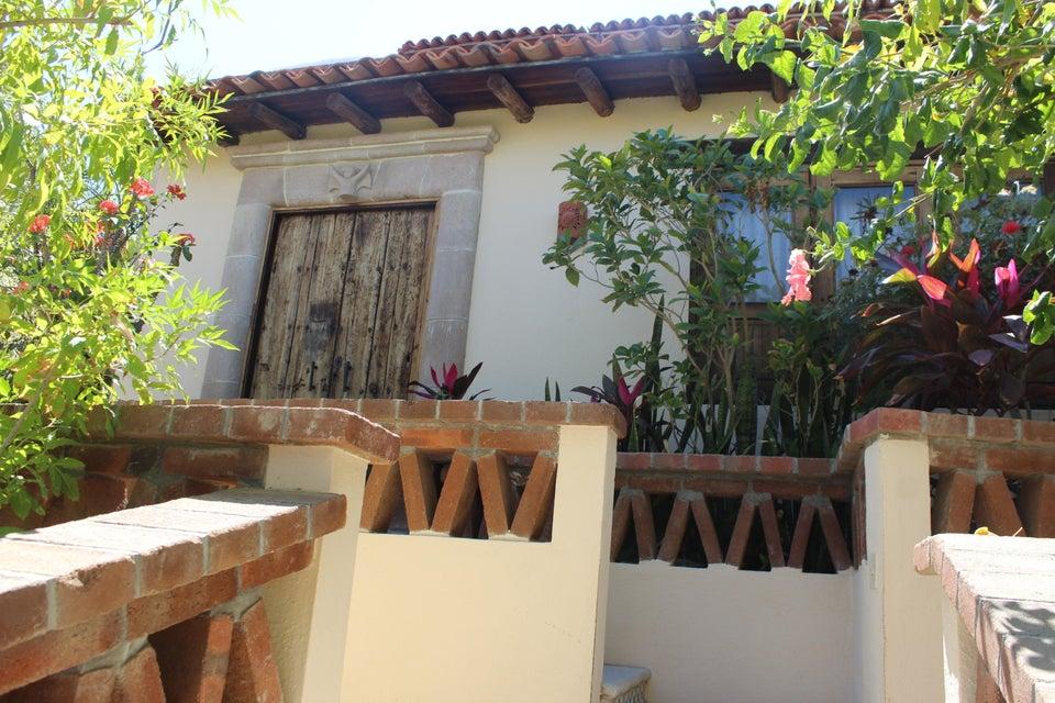 Villa Angel Salvatierra Street, Cabo San Lucas,