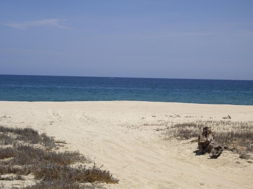 Los Pinos Beachfront Lot #12-4