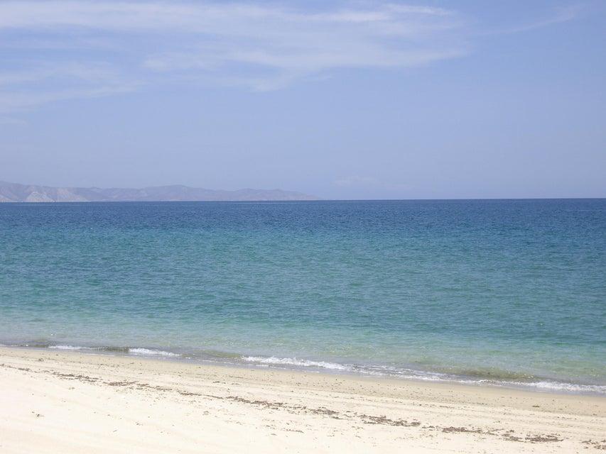 Los Pinos Beachfront Lot #12-5