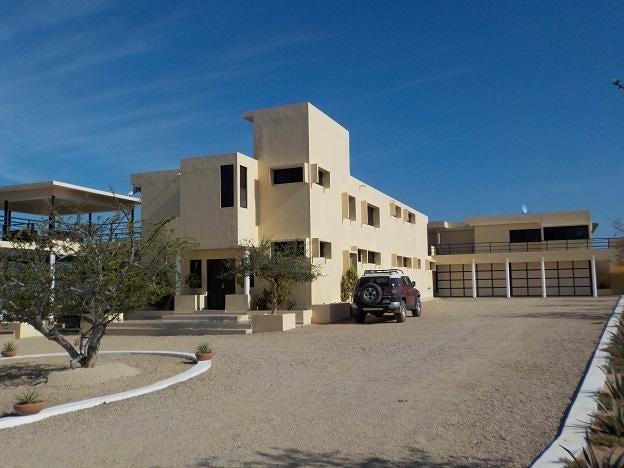 Villa Kuga, Rancho Migrino-1