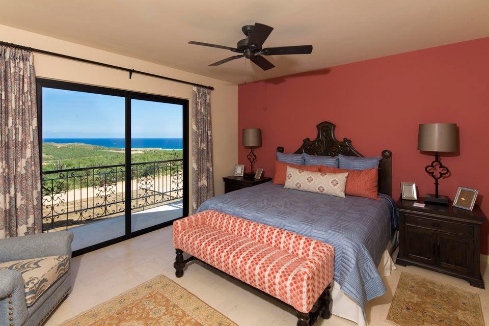 Niza 4 bed residence Quivira-8