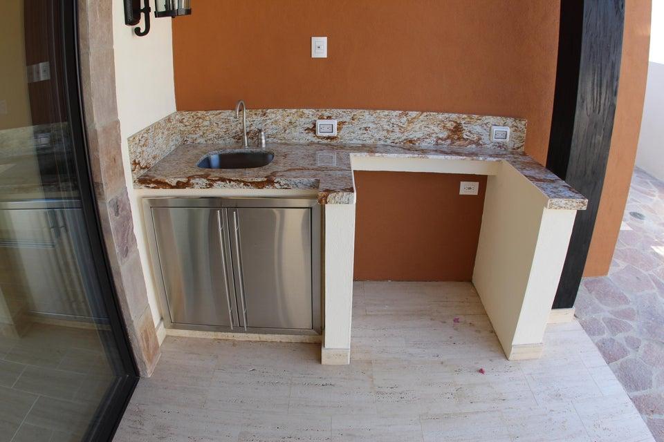 Niza 4 bed residence Quivira-12