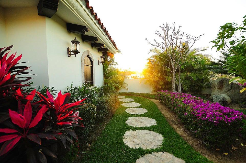 Villa Vista Azul #9-49