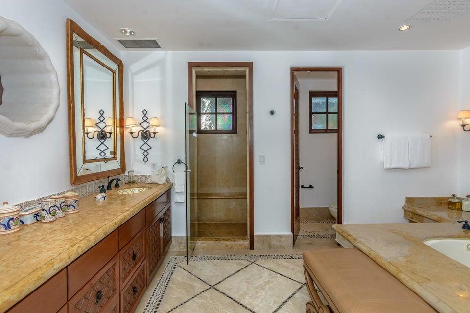 Residence 4202-56