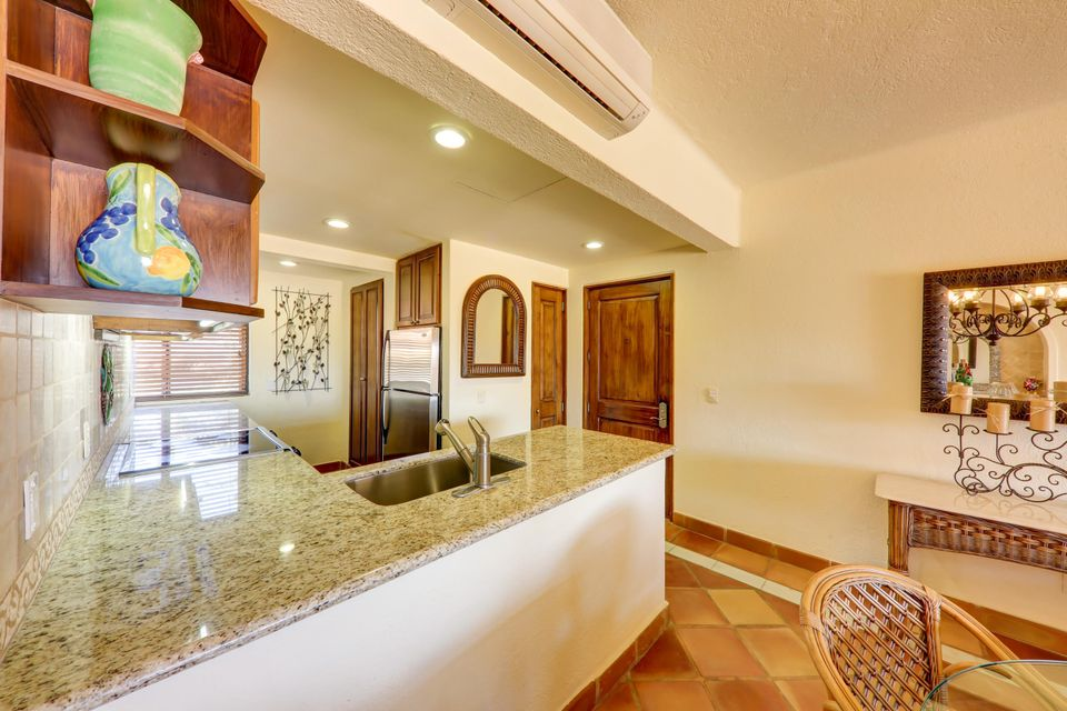 2 Bed Penthouse - Oceanside-4