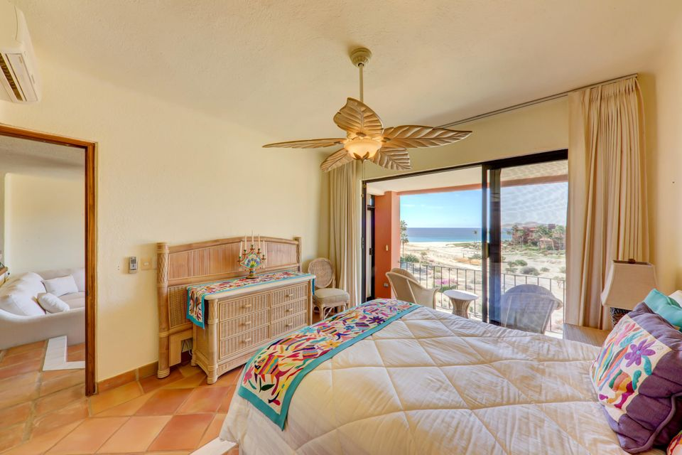 2 Bed Penthouse - Oceanside-13