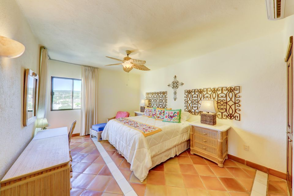 2 Bed Penthouse - Oceanside-16