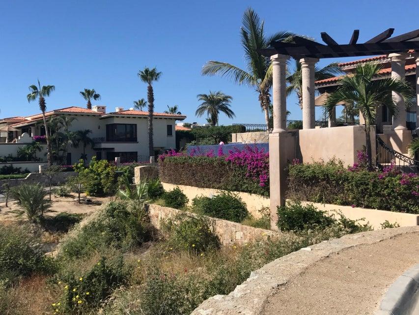 Las Residencias 218-6