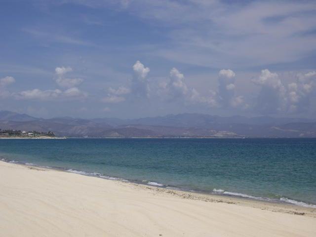 BEACH FRONT LOS PINOS