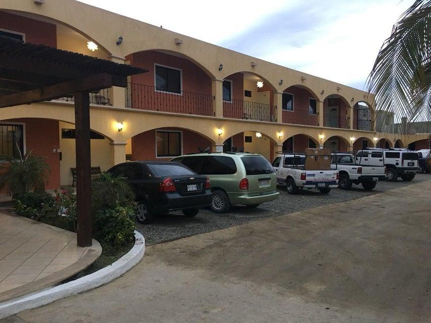 Hotel Plaza Los Arcos-7