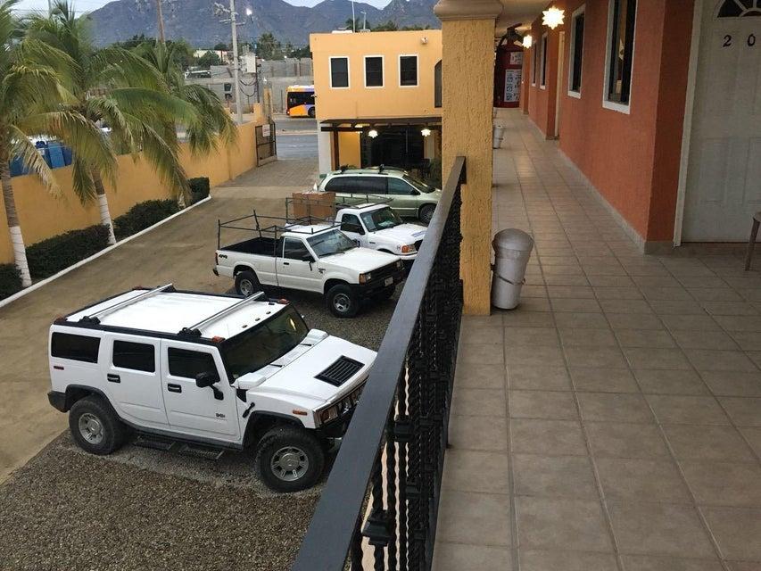 Hotel Plaza Los Arcos-12