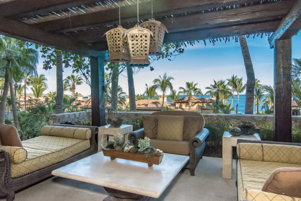 50% Hacienda Beach Veranda-58