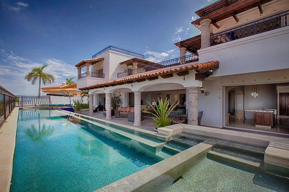 Villa Devine