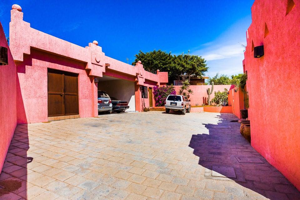 Casa Azteca,-38