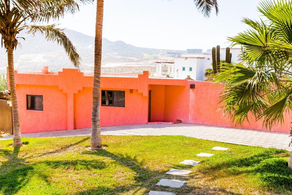 Casa Azteca,-40