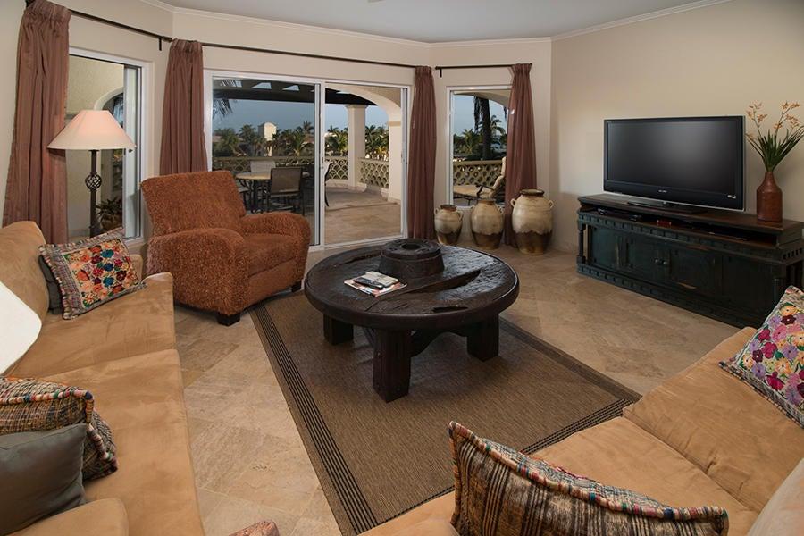 Residence 4201 plus garage-7