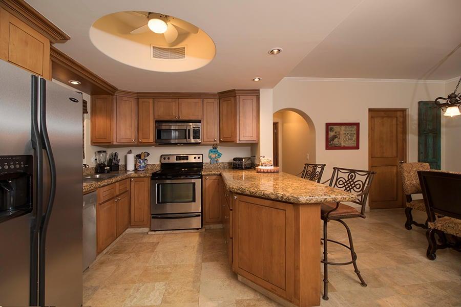 Residence 4201 plus garage-12