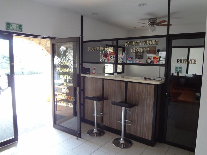 Cabo Pedregal Hotel & Condos-12