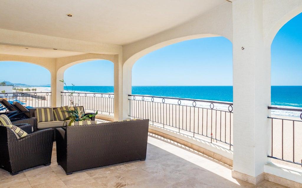 Ocean Front Villa-8