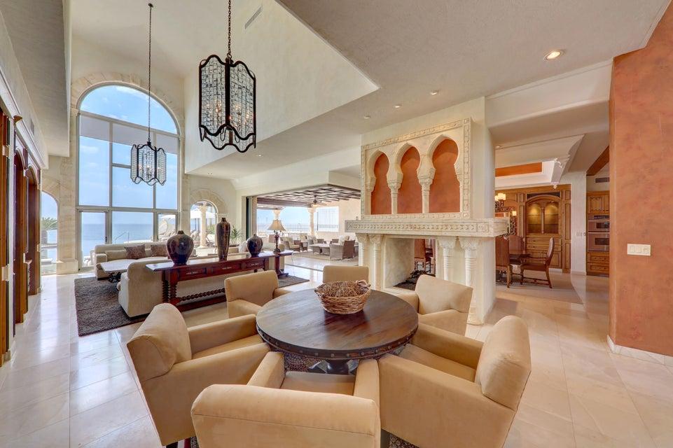 Beach Front Luxury Villa-7