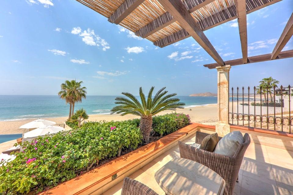 Beach Front Luxury Villa-50