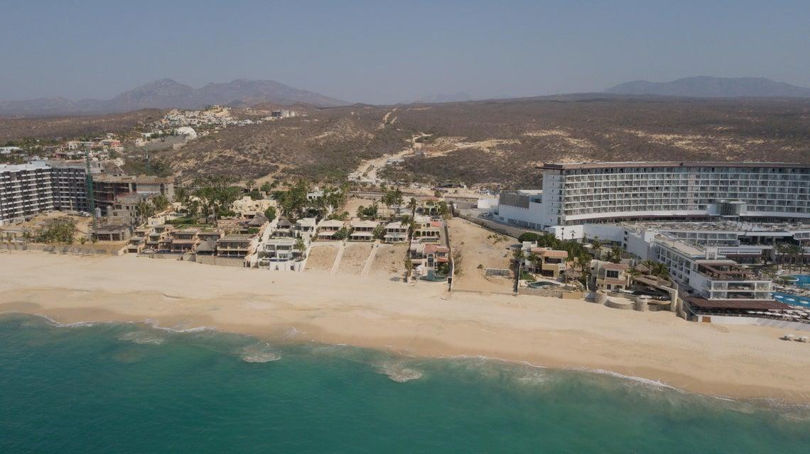 Beach Front Luxury Villa-62