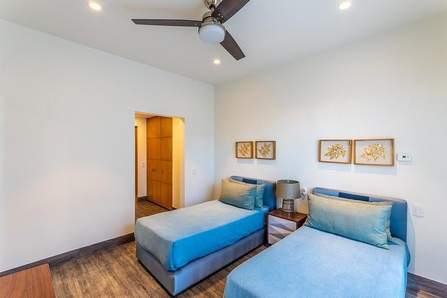 2 Bd PentHouse Rooftop Deck-43