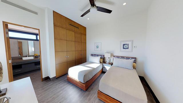 2 Bd PentHouse Rooftop Deck-44