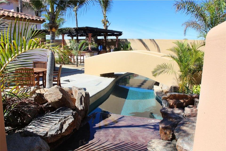 50% of Cerritos Beach Inn-2