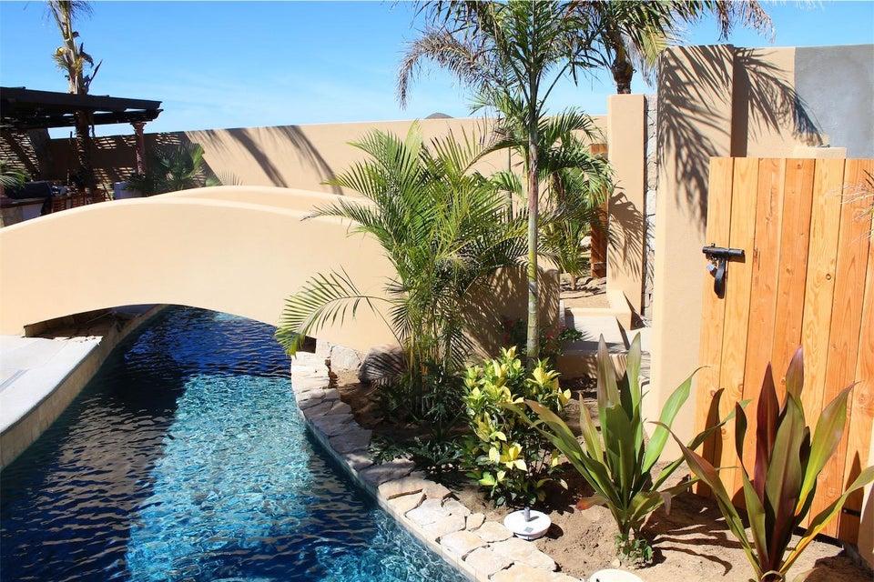 50% of Cerritos Beach Inn-5