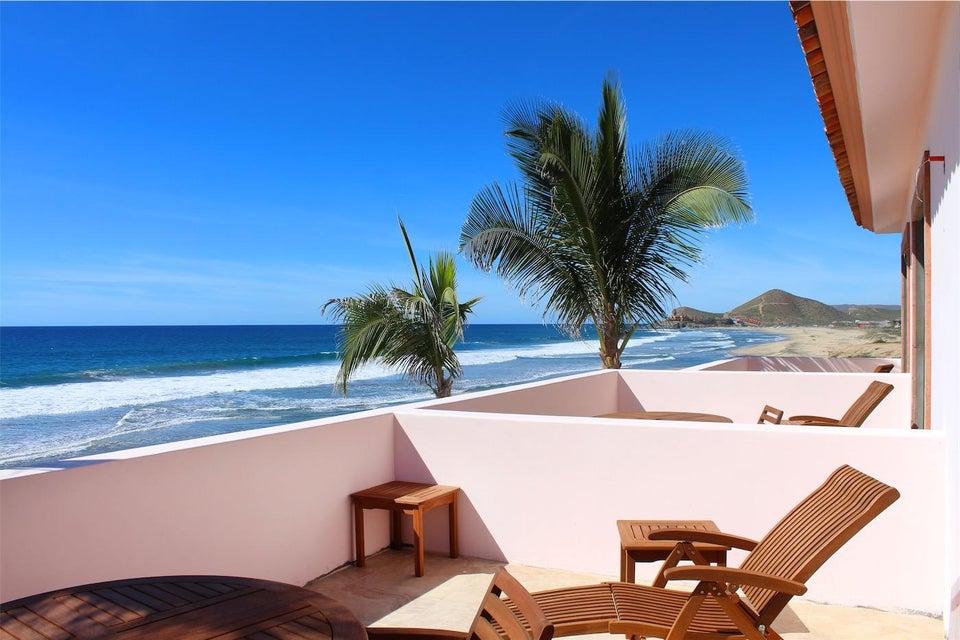 50% of Cerritos Beach Inn-12