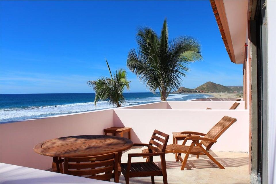 50% of Cerritos Beach Inn-13
