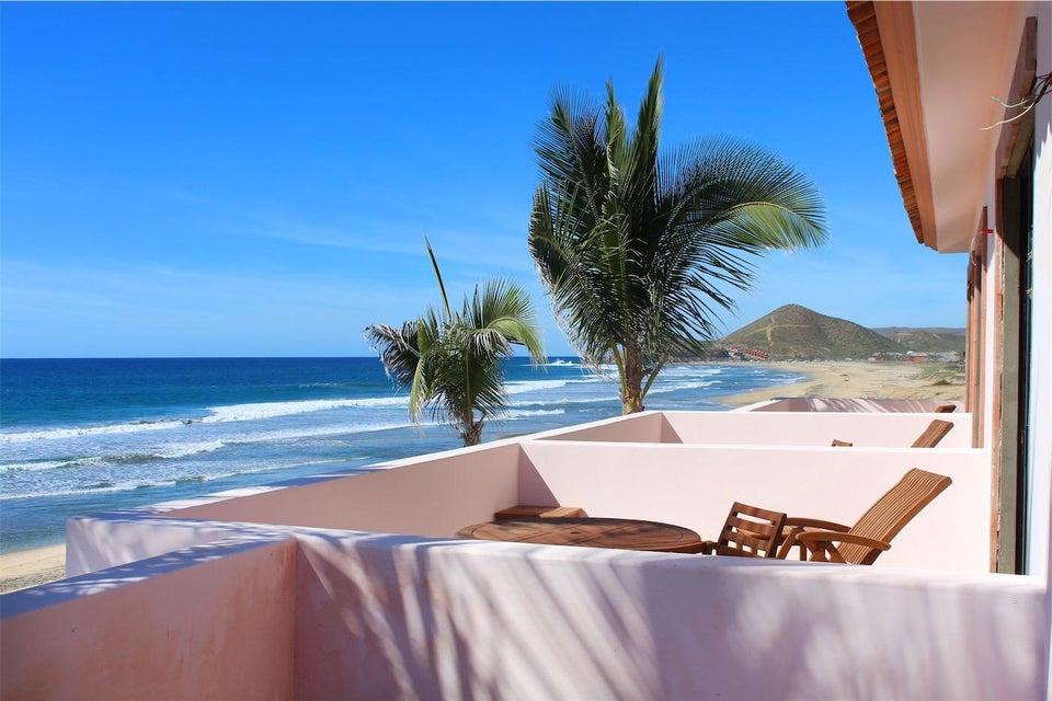 50% of Cerritos Beach Inn-14